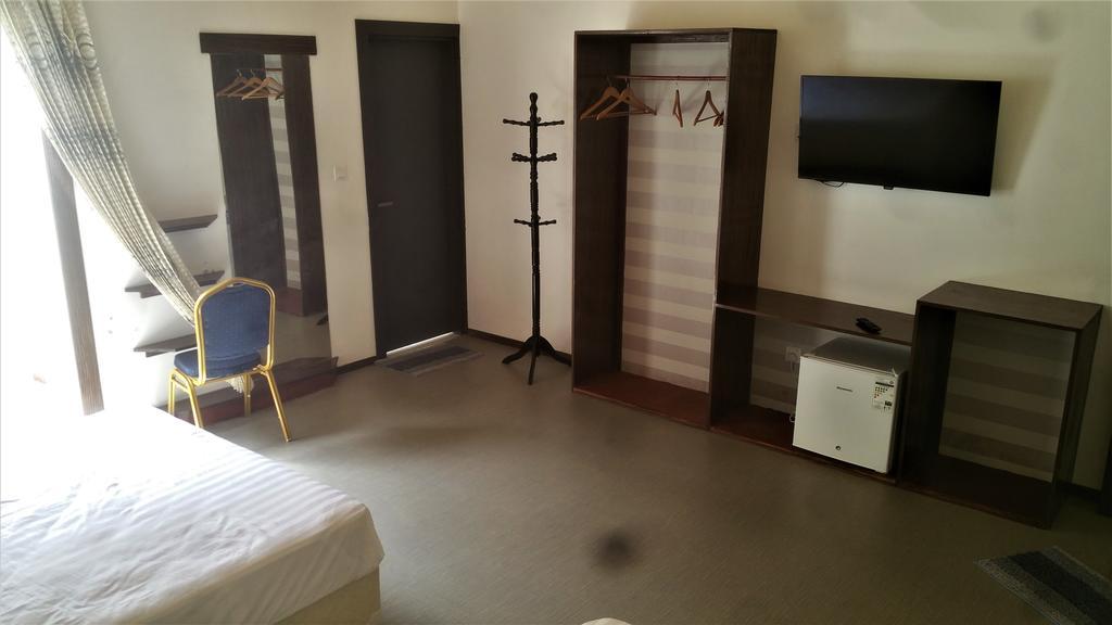 30_Room